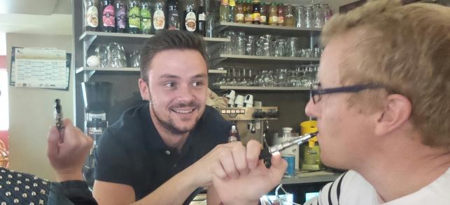 La cigarette électronique autorisé dans les bars et les restaurants, sur Top Cigarette Electronique